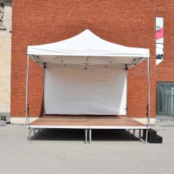 Podium couvert 4 mètres x...