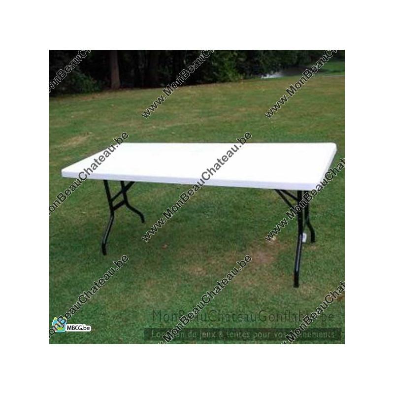 Table pliante blanche pour réception